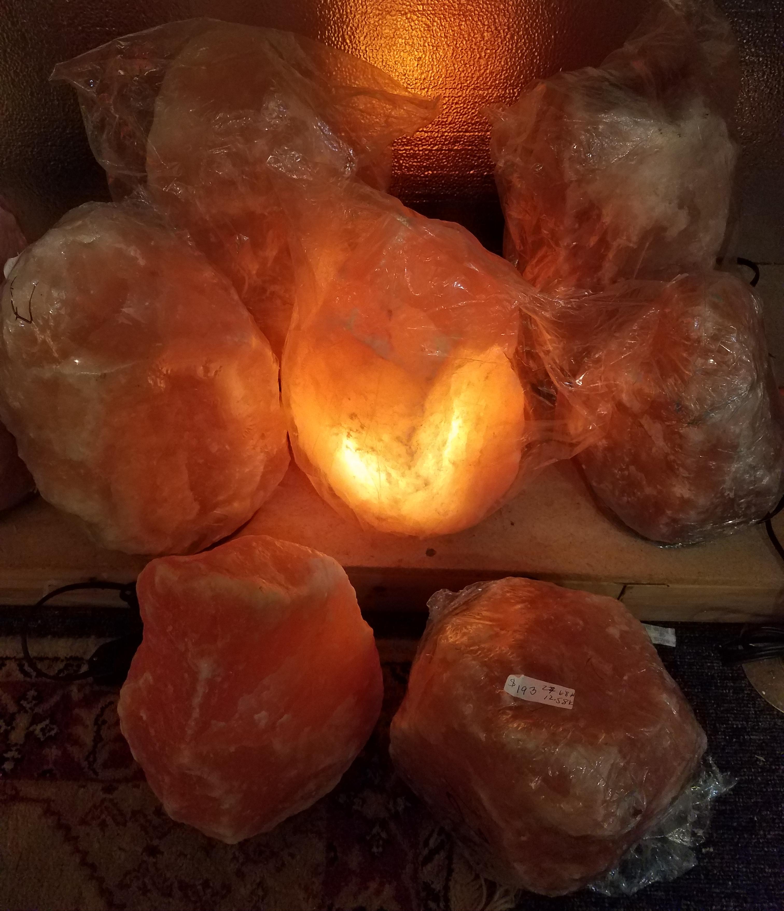 _Himalayan Salt Lamps-3